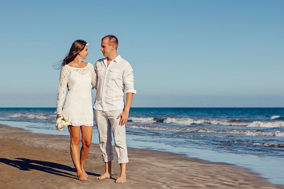 Men's Linen Pants - Perfect Attire for a Beach Wedding