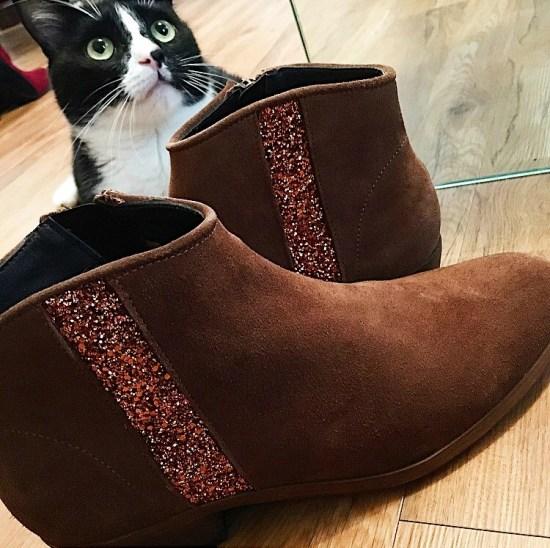 leather ankle boots - autumn fashio