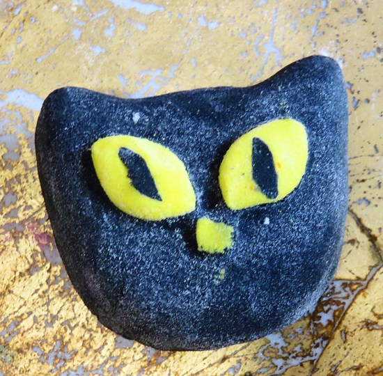Bewitched Bubble Bar - Lush Halloween