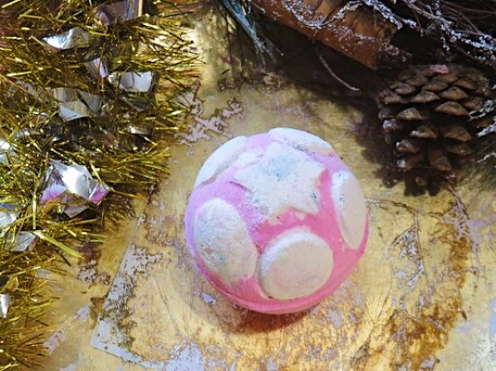 Snow Fairy Jelly Bomb - Lush Christmas