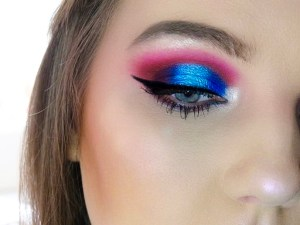 Electric Blue Makeup Tutorial