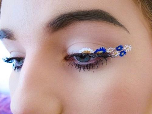 Spring floral eyeliner