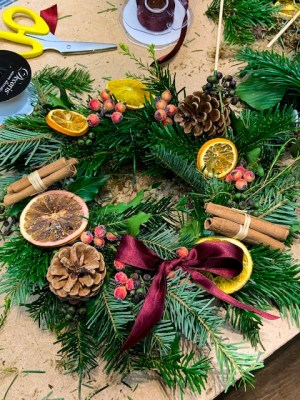 Making my own Christmas Wreath