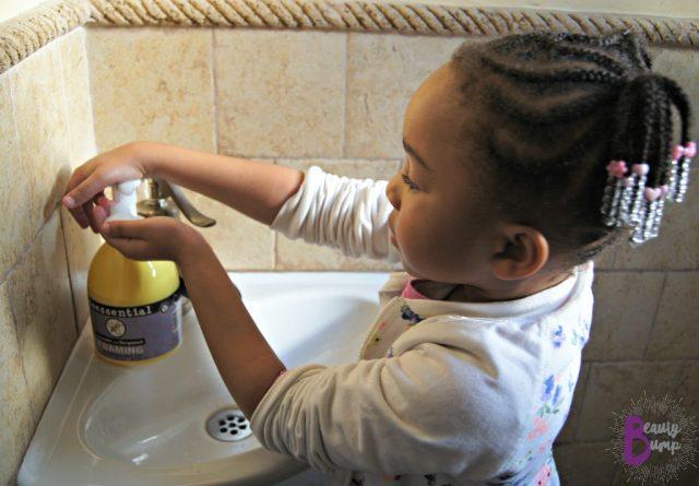 Beessential Lavender and Bergamot Hand Soap Mini Me Using