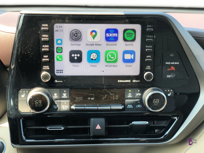 The 2020 Toyota Highlander XLE V6 AWD Apple CarPlay and Android Auto, which are must-haves for both my husband and me, provided us easy access to our favorite apps on our respective phones.  Great for Family road trips