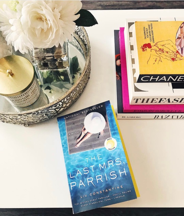 book recommendations for thriller, horror, and chick lit. #books #summerreadinglist #thrillerbooks #chicklitbooks #favoritebooks