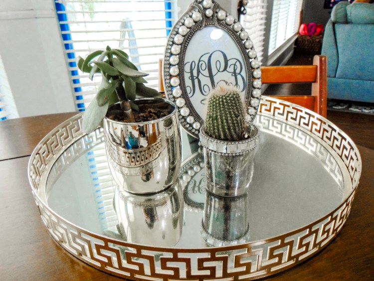 How to reuse candle jars in your home as inexpensive decor or as innovative storage ideas! Step-by-step tutorial of how to get clean candle jars for reuse #homedecor #DIY #home #decor #storage #affordable #style