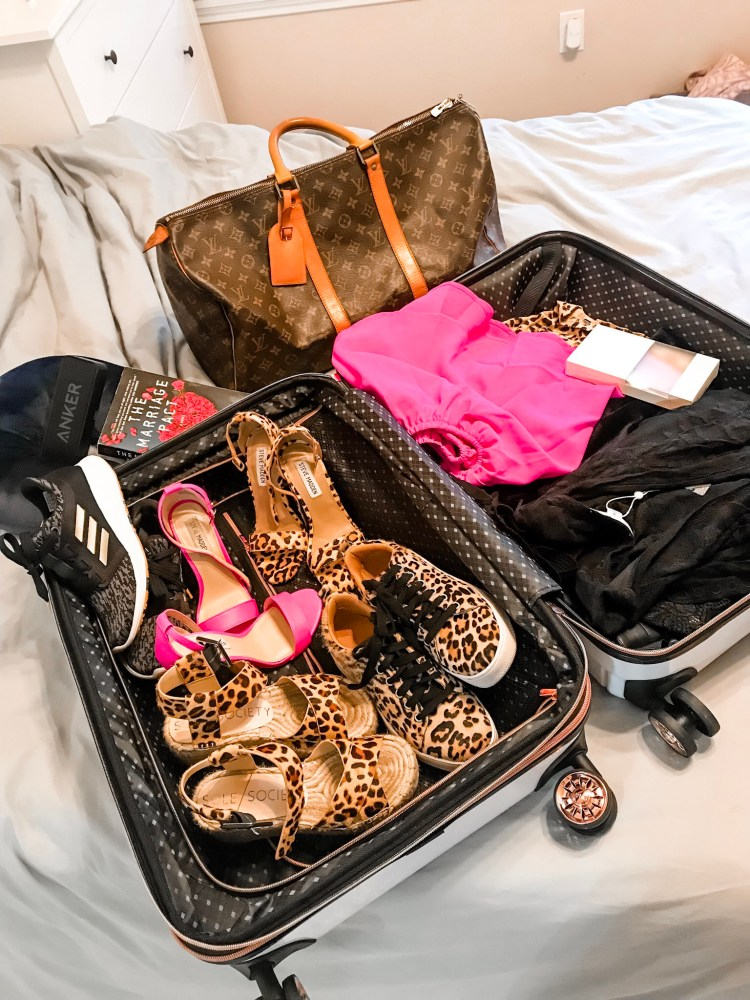 What I'm Packing for Nashville for a bachelorette party weekend! #nashville #tn #bachelorette #bacheloretteparty #travel #fashion #style #NashvilleTN #NashvilleTennessee #Tennessee #GirlsTrip #GirlsWeekend #travelblog #travelblogger