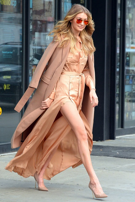NEW YORK, NY - DECEMBER 08: Model Gigi Hadid is seen walking in Soho on December 8, 2015 in New York City. (Photo by Raymond Hall/GC Images)