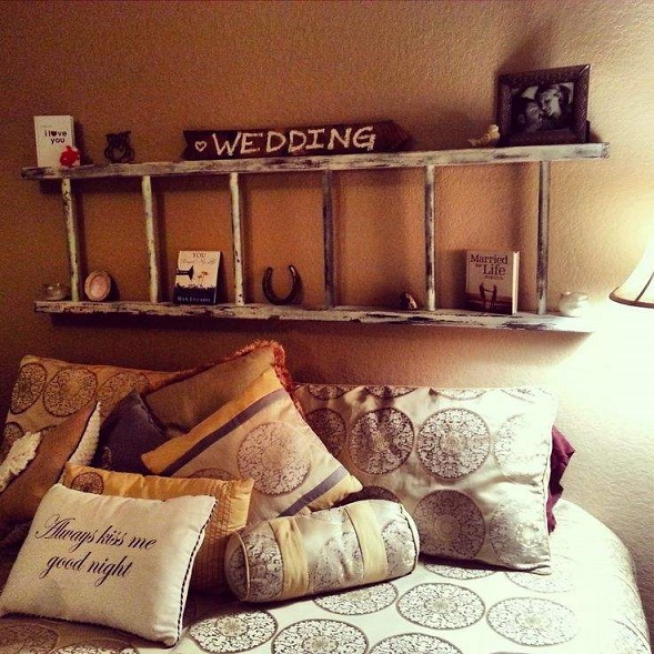 Turn-Your-Old-Ladder-Into-A-Lovely-Headboard