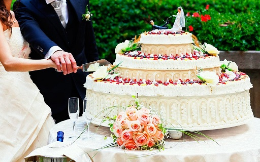 How to Choose Your Wedding and Groom's Cakes - Malorca Princess