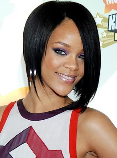 Rihanna-long-bob-hairstyle