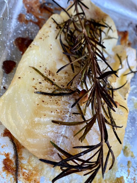Rosemary Cod with Cauliflower Rice by BeautyBeyondBones! #grainfree #glutenfree #pescatarian #paleo #specificcarbohydratediet #food #edrecovery #healthyfood