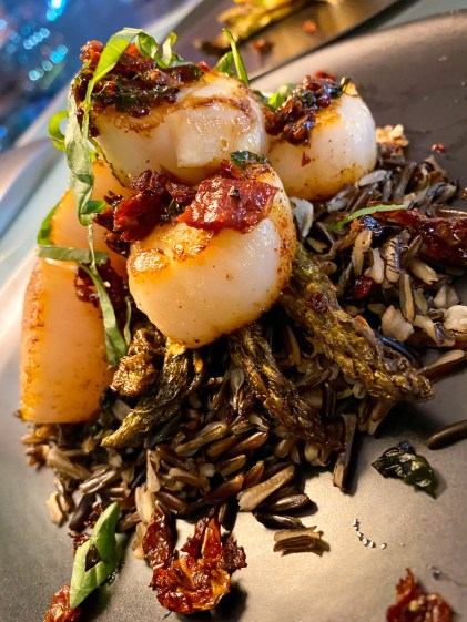Pan Seared Scallops with Sun Dried Tomato Tapenade! By BeautyBeyondBones #food #healthyfood #glutenfree #paleo #keto #dairyfree #health #edrecovery
