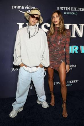 Only in NYC can you spend the evening waiting for Justin Bieber to arrive to a secret concert. How this exciting night promoted questions of faith in this young New Yorker. #faith #catholic #bieber #justinbieber #nyc #edrecovery #recovery #god #bible #christianity
