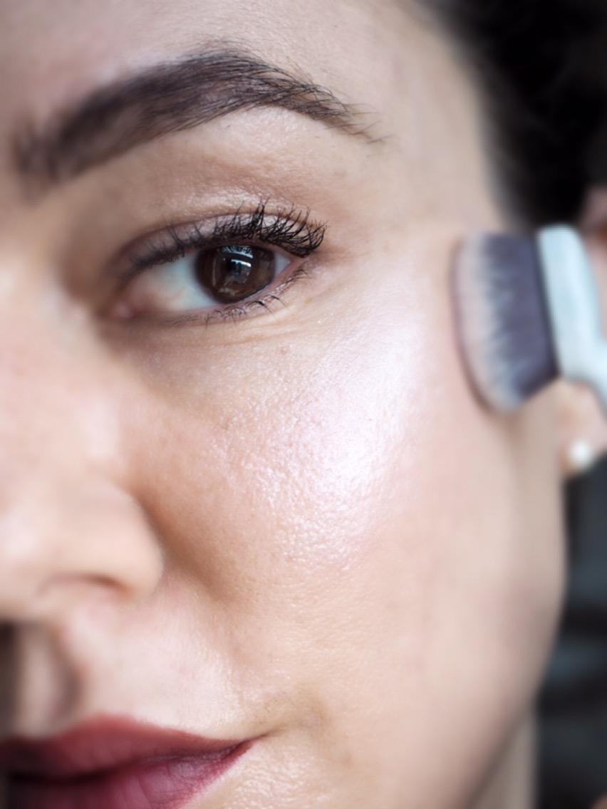 Makeup Revolution Liquid Starlight Highlighter Worn Alone