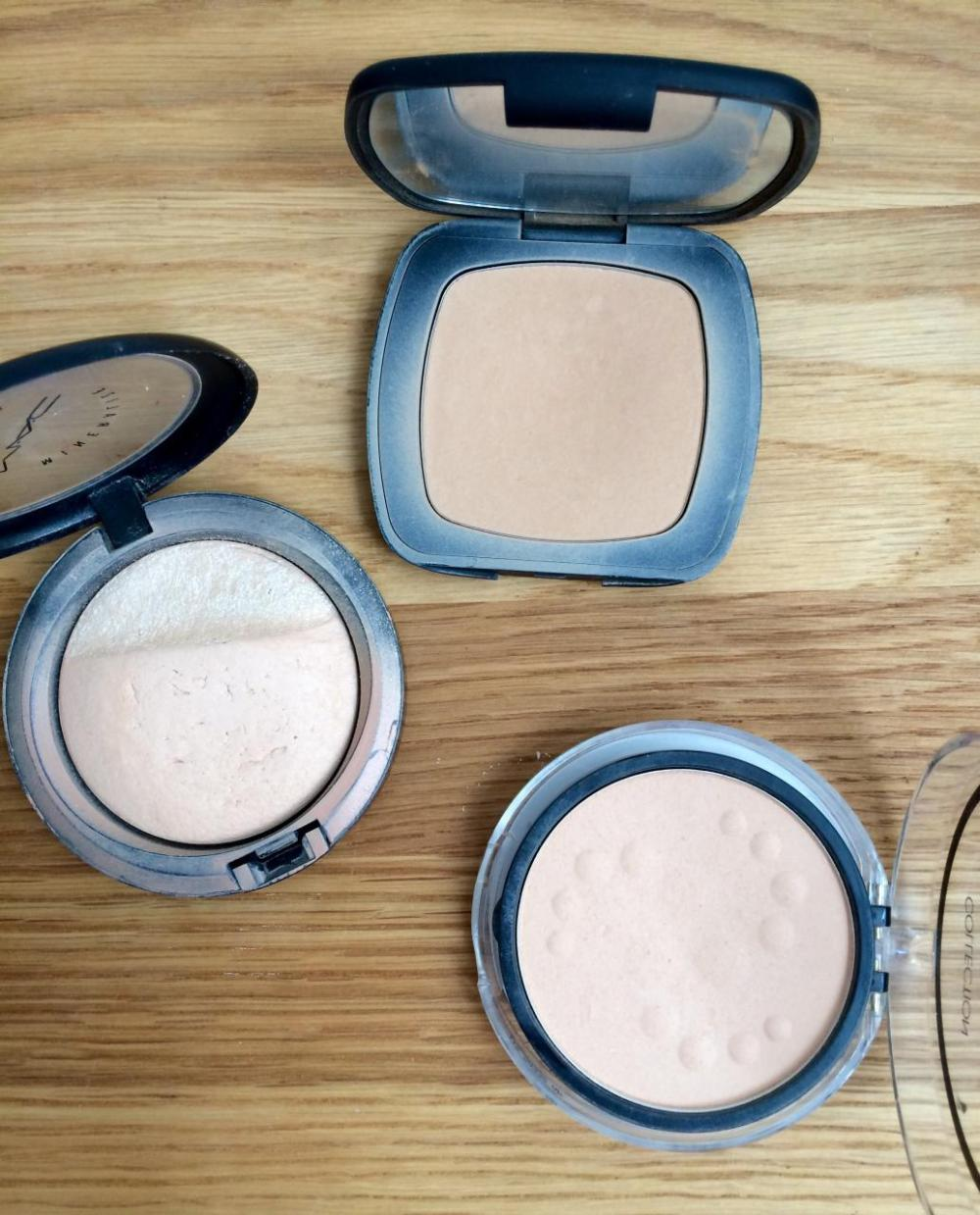 how to use powder makeup tutorial pressed powder