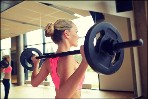 女性 運動 ウェイトトレーニング