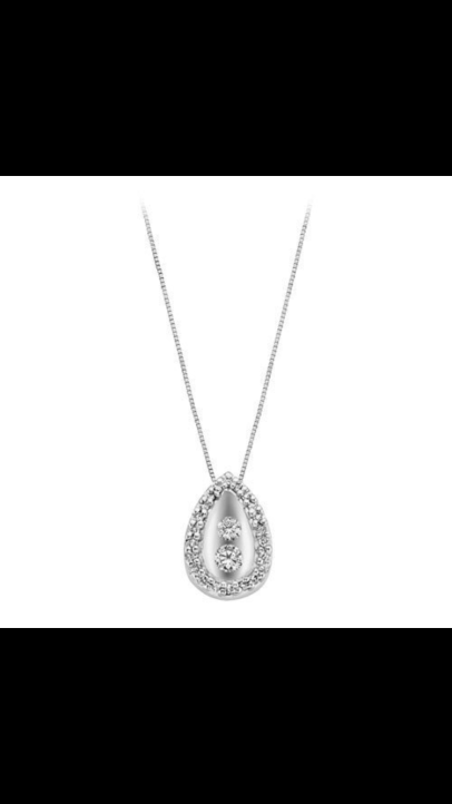 Necklace from my fiancé 💘