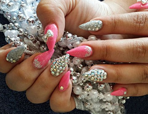 Luxury Nails - Beauty Boutique - Sparks NV