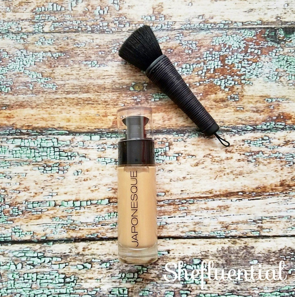 Japonesque Foundation and Buffing Brush