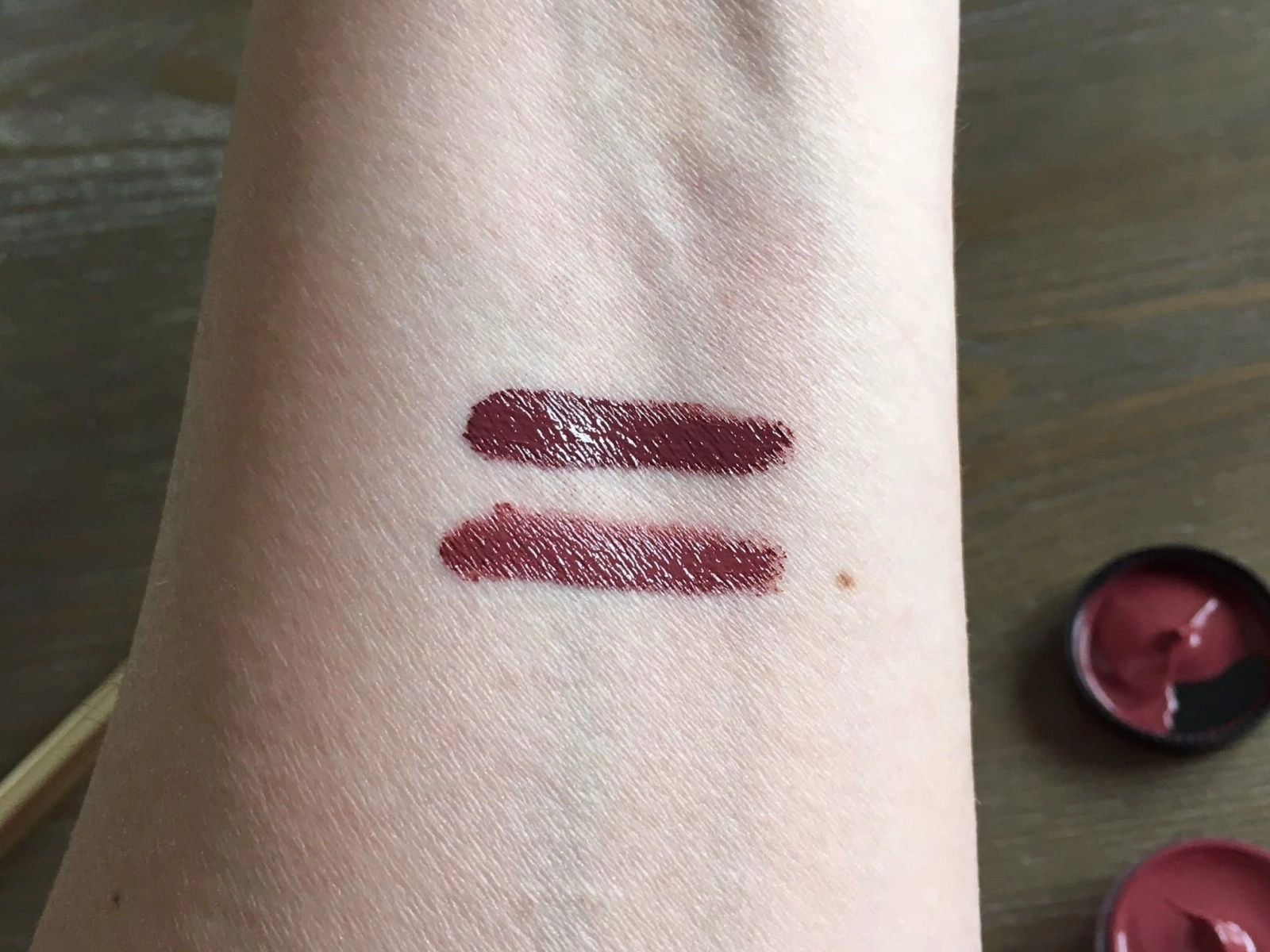 Nicolet Beauty Lip Catnip Swatched