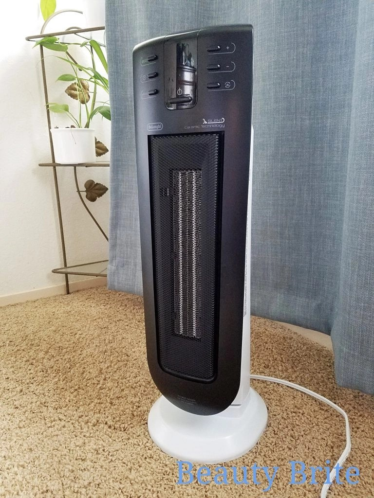 De'Longhi Silent System Ceramic Tower Heater upclose side view. An energy efficient heater.