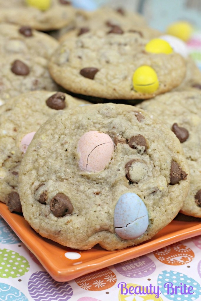 Malt Easter Egg Cookies upclose