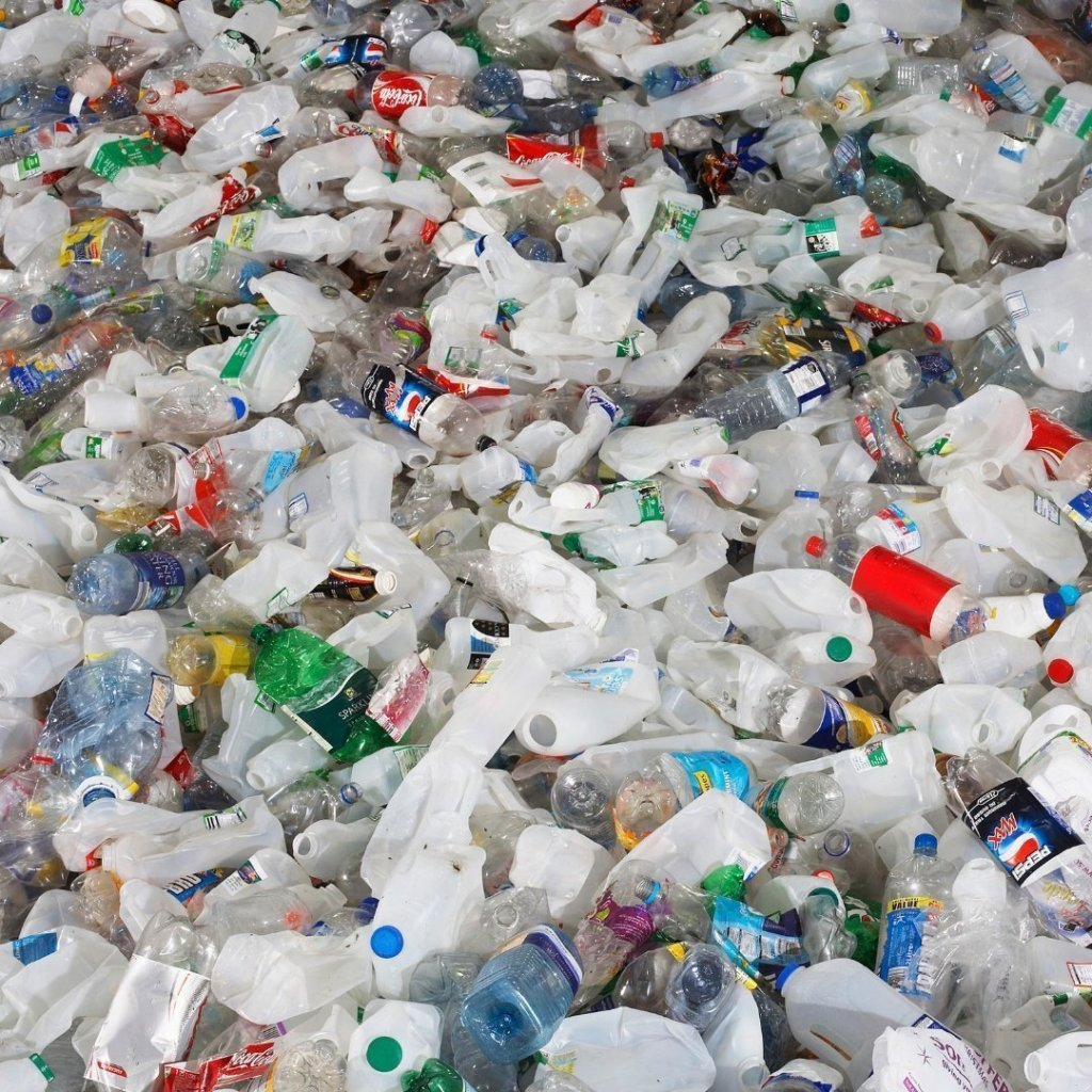 Stop Buying Plastic Water Bottles #the100kinitiative