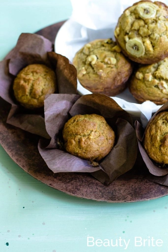 Pumpkin Spice Banana Nut Muffins share with friends