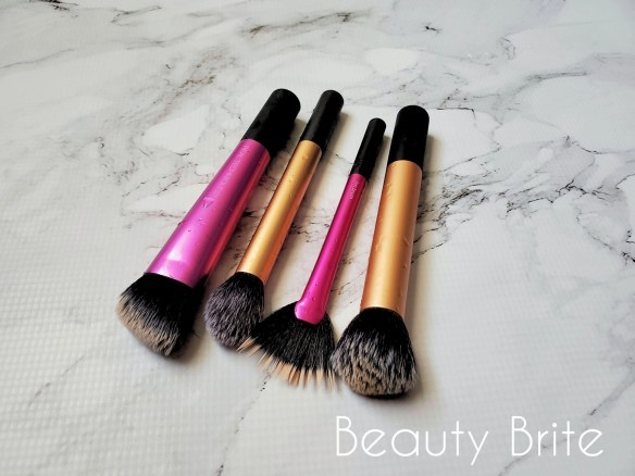 Makeup Brush Cleaning Tutorial Step 2