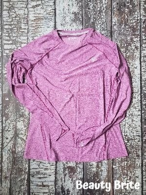 Women's Devi Long Sleeve Fitness T-Shirt UPF 50 in Bold Berry Heather
