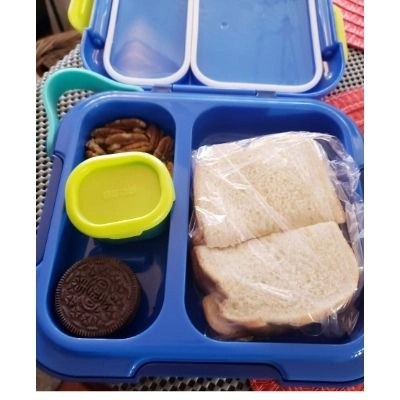 The Neat Bento is easy to carry or fit in any backpack or tote. Adjustable containers and leak-proof design mean that you can customize Neat Bento to fit every meal