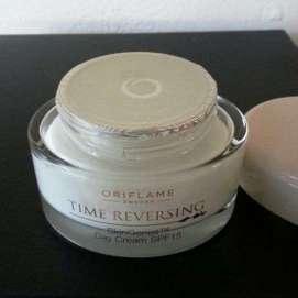oriflame time reversing day cream