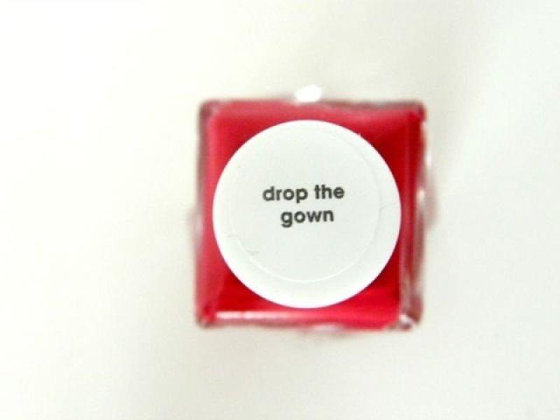 essie-drop-the-gown