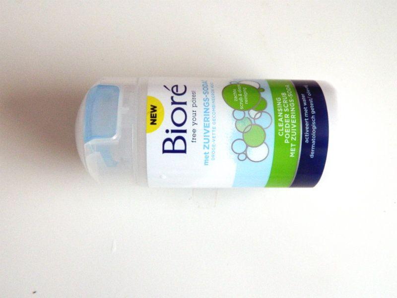Bioré Cleansing Poeder Scrub met Zuiverings-Soda