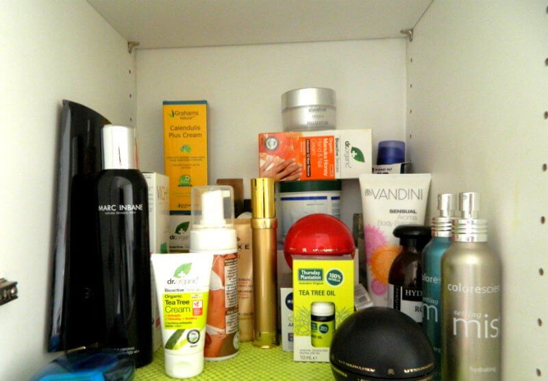 KeeK op de WeeK 17- Een KeeKje in mijn Stash : Make-up en Huidverzorging 19 stash KeeK op de WeeK 17- Een KeeKje in mijn Stash : Make-up en Huidverzorging