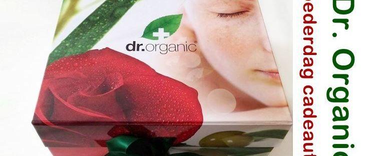 Vier Moederdag met rozen van Dr. Organic! 51 organic Vier Moederdag met rozen van Dr. Organic! Huidverzorging