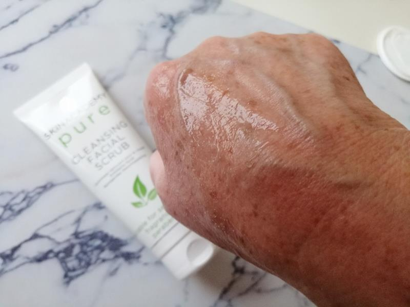Review: SKINACADEMY PURE Pure-Zuivere gezichtsverzorging, 100% zonder kleur- en geurstoffen. 21 skinacademy pure Review: SKINACADEMY PURE Pure-Zuivere gezichtsverzorging, 100% zonder kleur- en geurstoffen.
