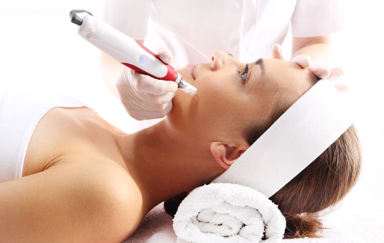 Microneedling, Mezopen in Brooklyn