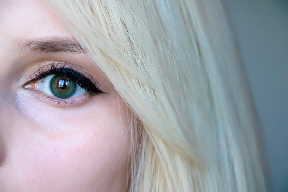 Make Your Eyes Pop! Acuvue Define Contact Lenses Review/Demo. Acuvue Define Natural Sparkle Lenses