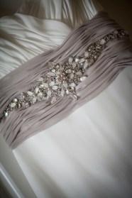 Vestido de novia detalle de fajín