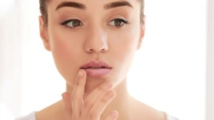 7 Tips to Getting Rid of Chapped Lips