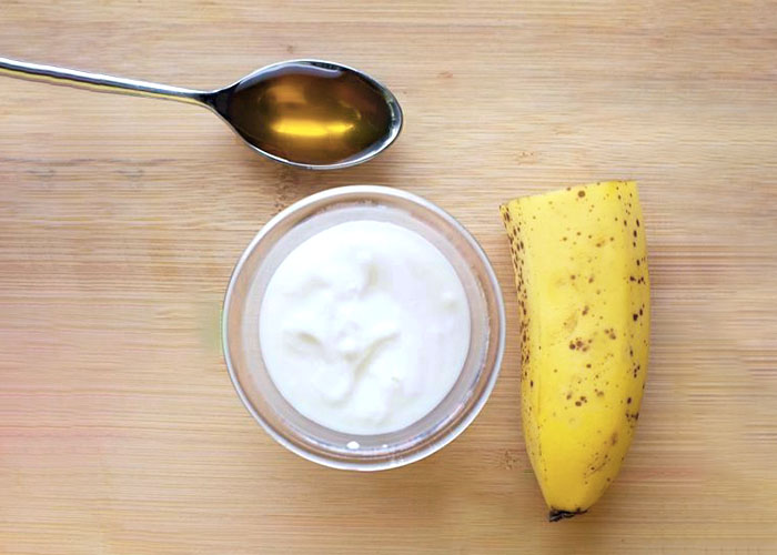 Banana, Honey, and Yogurt for Anti-Aging
