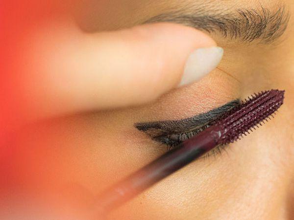 Тушь для ресниц - Christian Louboutin Les Yeux Noirs Amplifying Mascara бордовая 2017