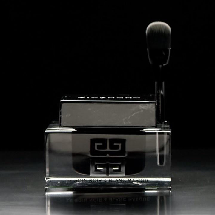 Givenchy - Le Soin Noir et Blanc Mask 1