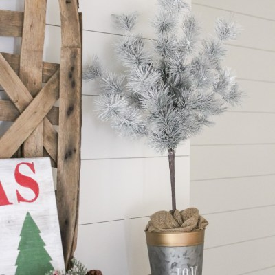 How to Make a Christmas Topiary