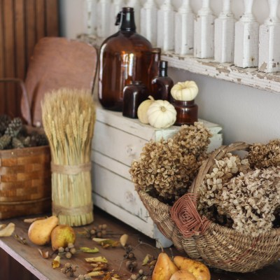 Vintage Fall Baskets: Styling Ideas