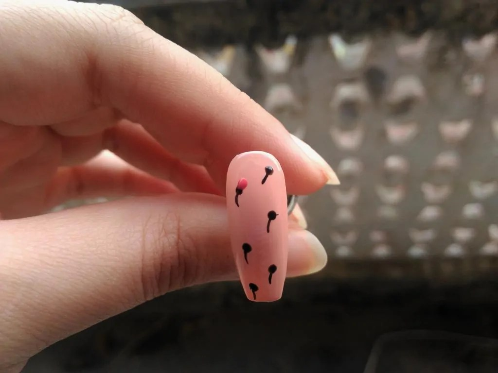 small flower nail design
