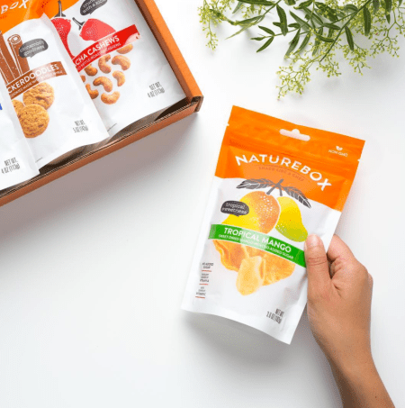Naturebox - best subscription boxes - healthy snack box - cruelty-free beauty box subscriptions - vegan beauty box - vegan subscription box - unboxing subscription box review | beautyisgf123.com